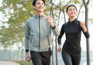 義足で走る喜びを感じる人のイメージ画像