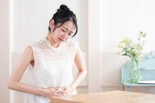 【症状別】胃腸の不調に効くツボを紹介